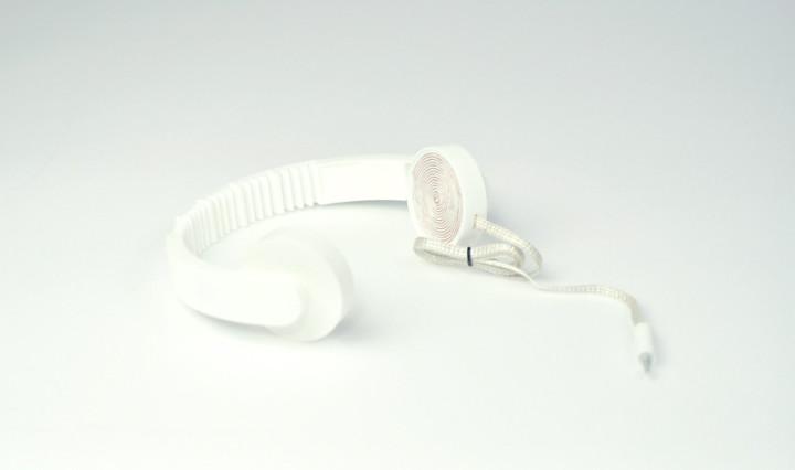 Low Fi Hi Tech Headphones_1