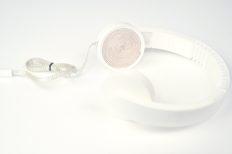 Low Fi Hi Tech Headphones_3