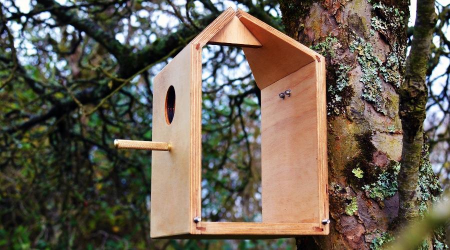 Milk Carton Inspired Birdhouse_5